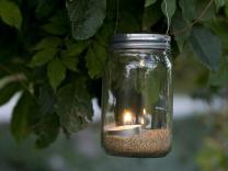 Ukrasne tegle sa svijećama